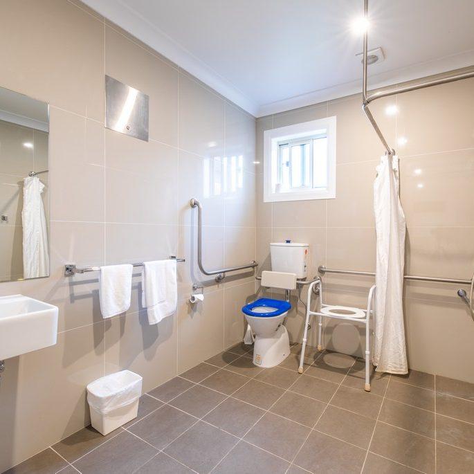 Comfort Disabled Queen bathroom