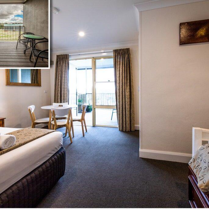 Comfort Queen Room 1